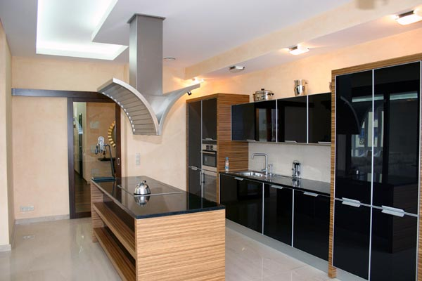 кухни 6 кв, ламинат для кухни и люди и.